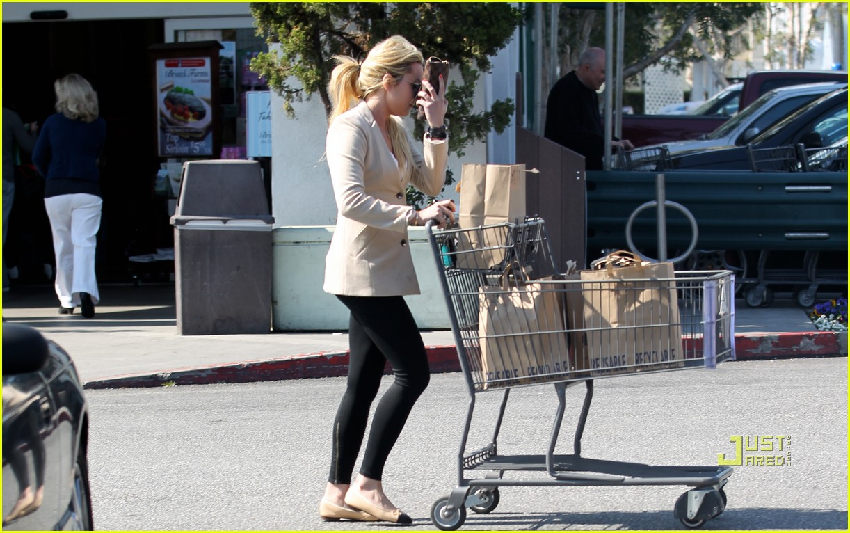 amanda bynes bristol farms grocery shopping 022521787