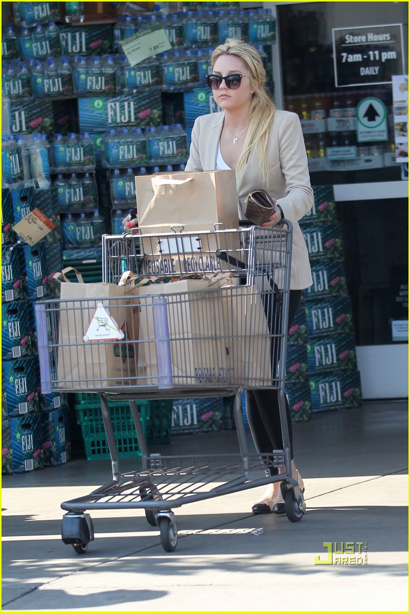 amanda bynes bristol farms grocery shopping 08