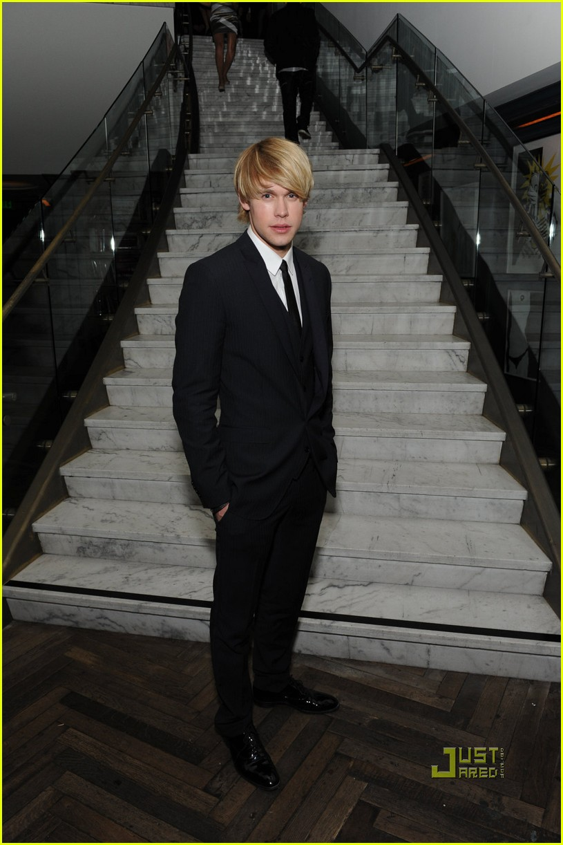 chord overstret jane lynch 05