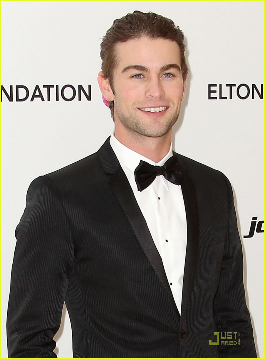 chace crawford matthew morrison oscars 2011 02