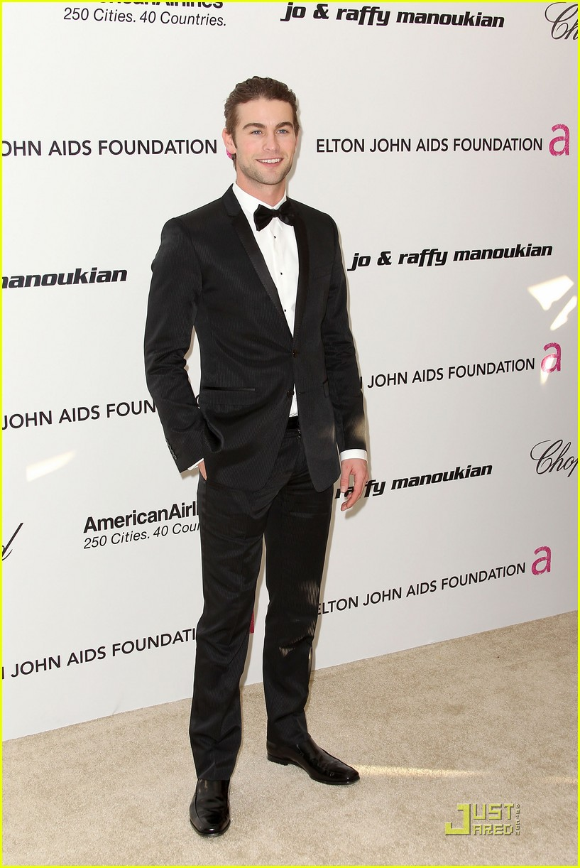 chace crawford matthew morrison oscars 2011 032523851