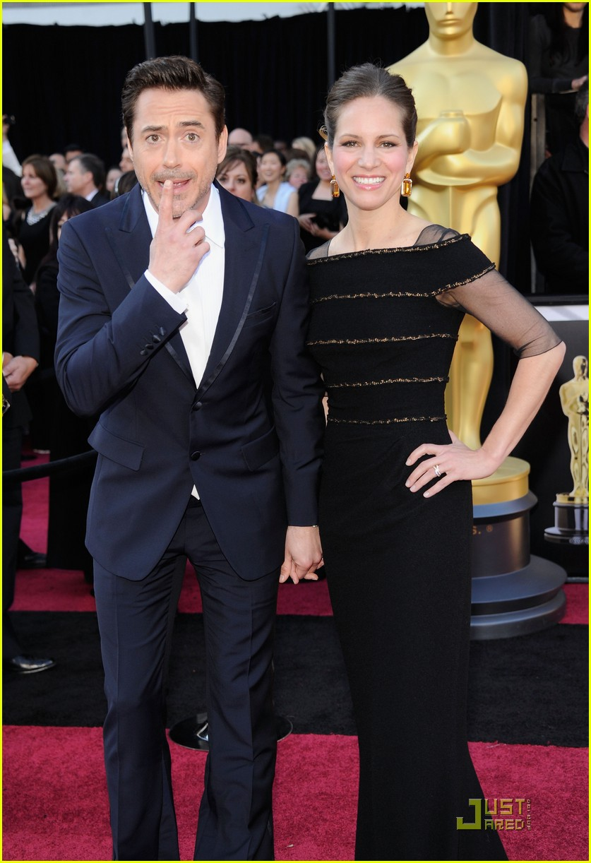 robert downey jr oscars 2011 032523820