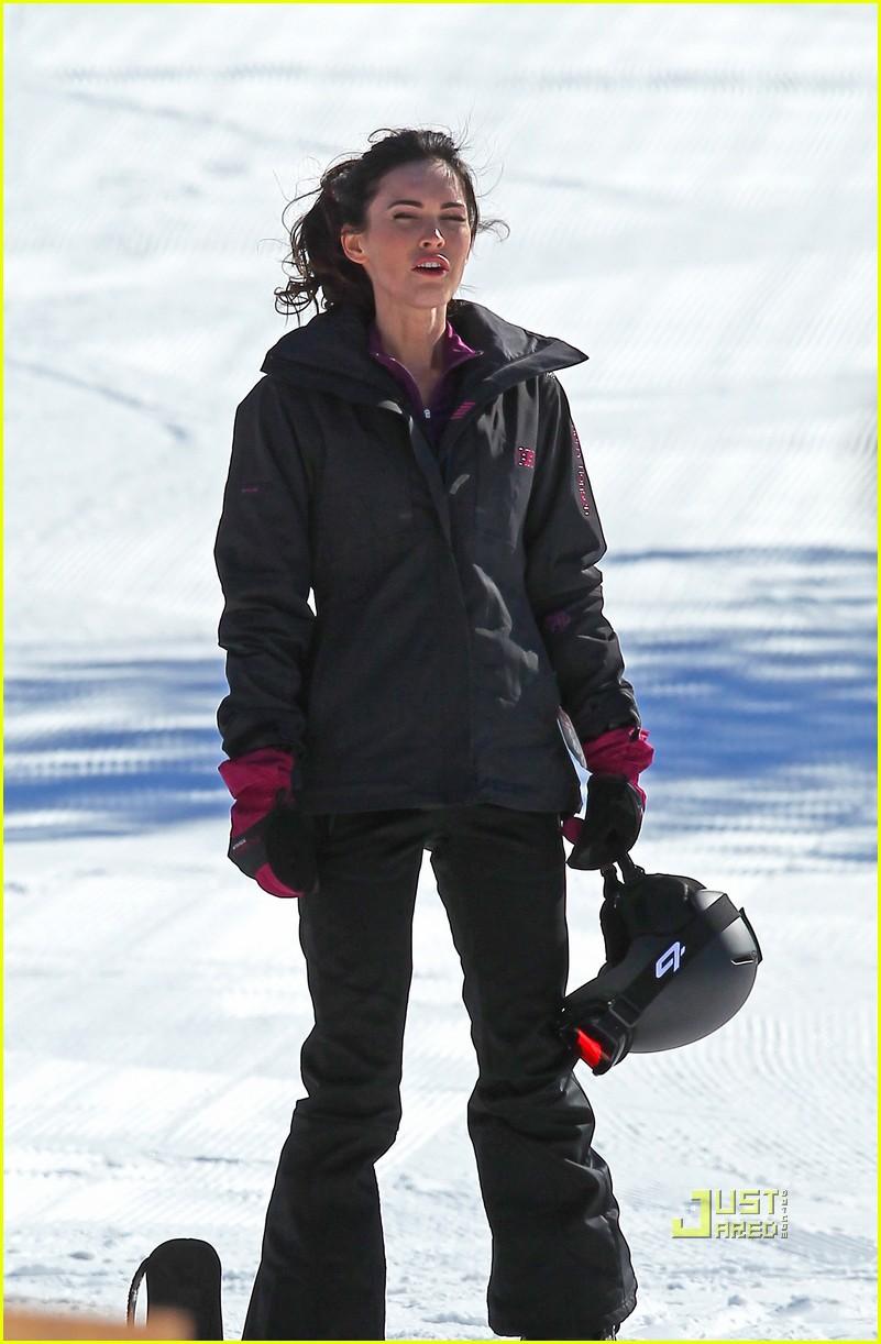 megan fox skiing jon hamm friends with kids 022520495