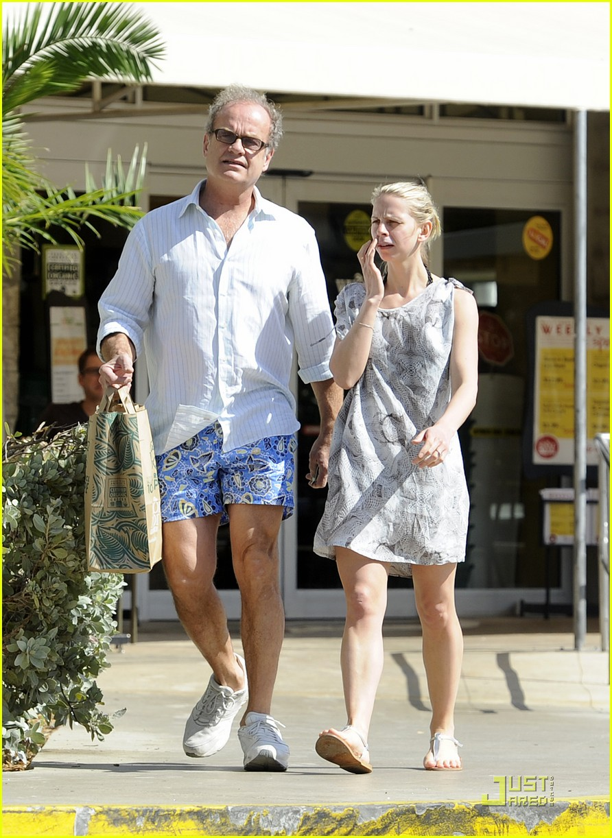 kelsey grammer miami fun with kayte walsh 032521243