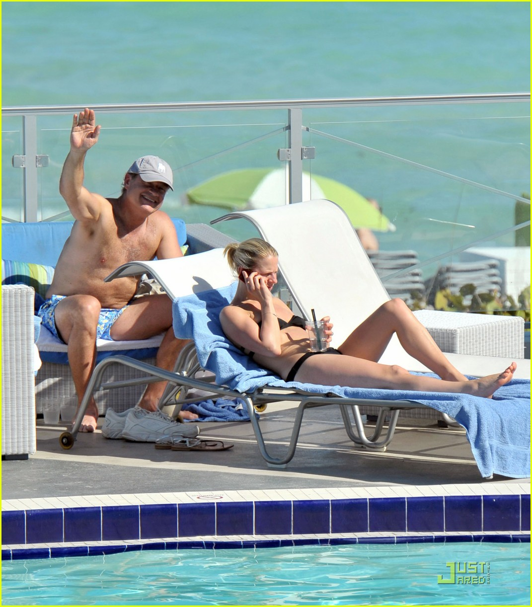 kelsey grammer miami poolside with kayte walsh 012520704