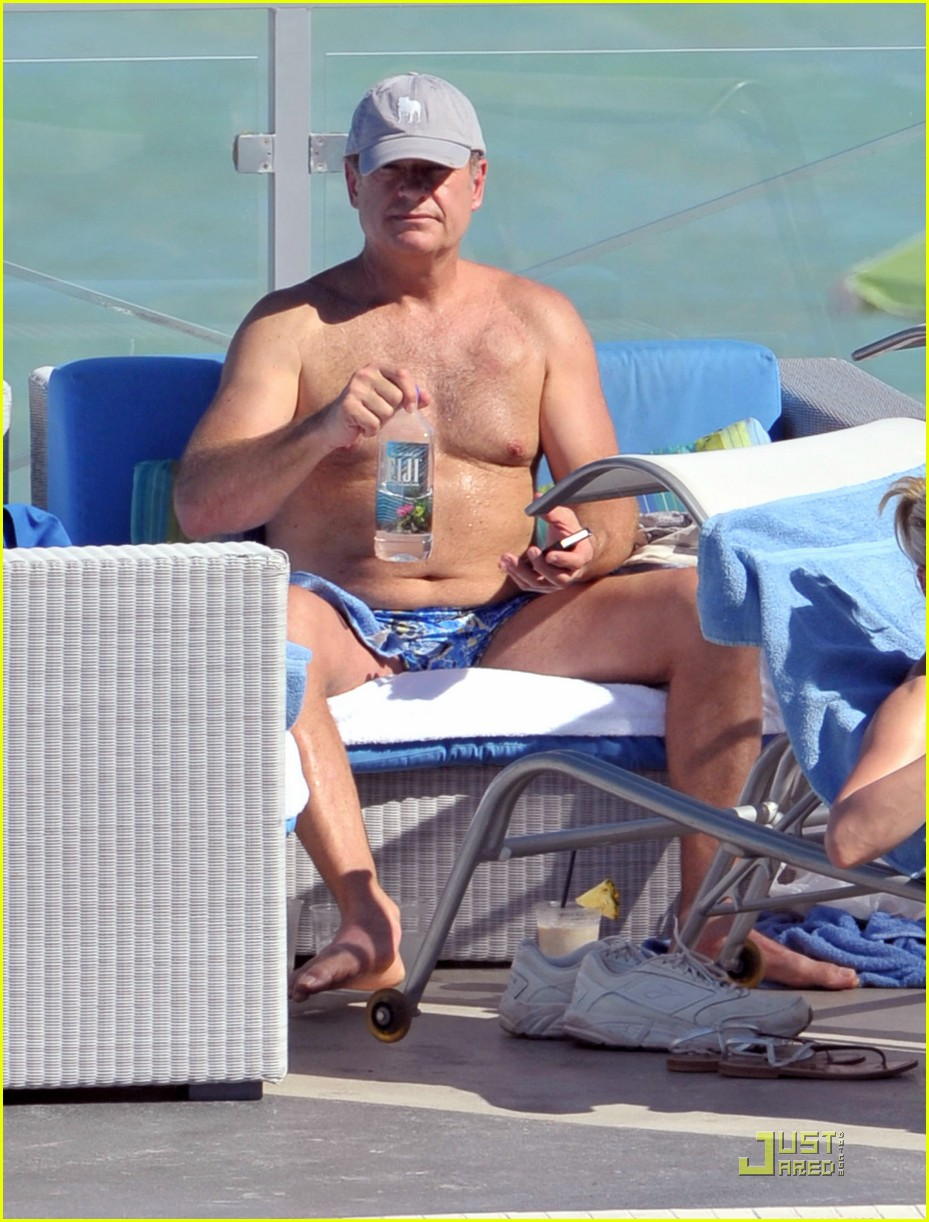 kelsey grammer miami poolside with kayte walsh 022520705