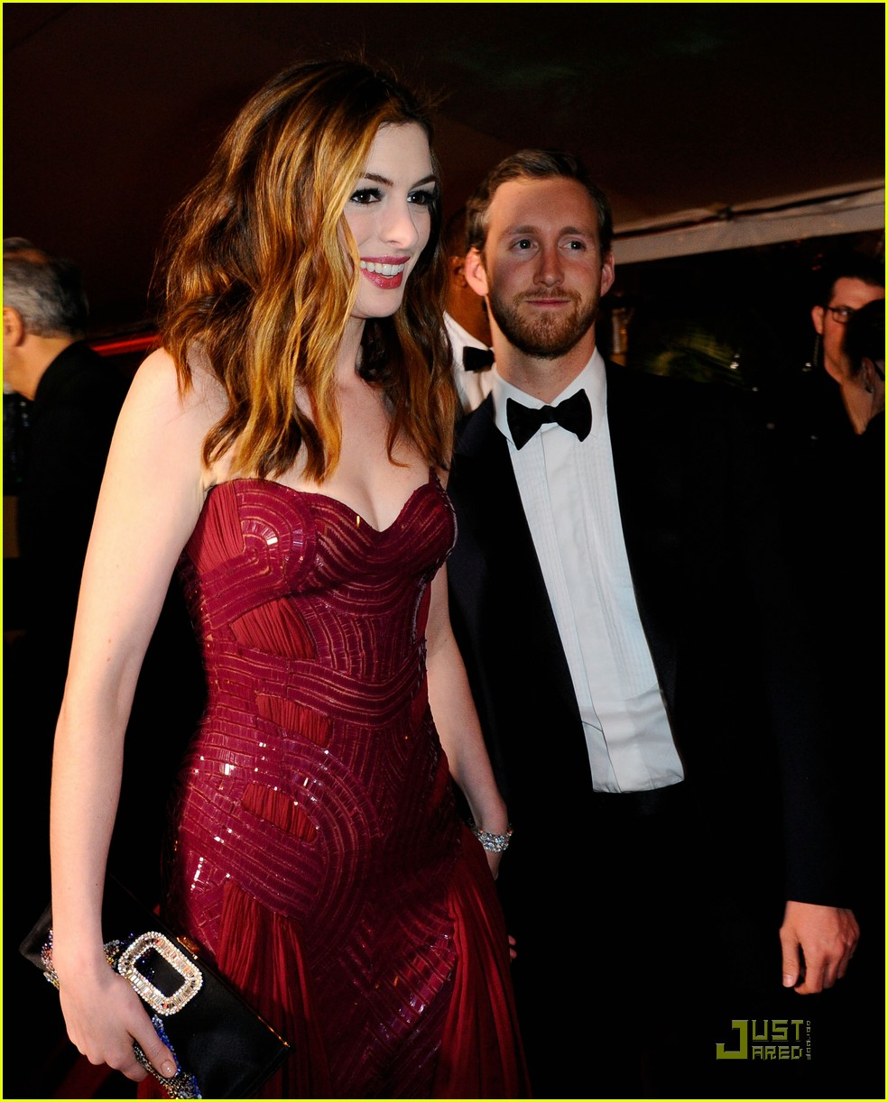 anne hathaway oscar roundup 08
