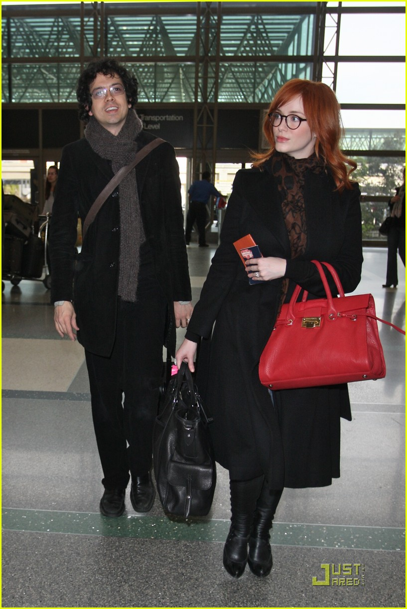 christina hendricks four eyed flight 10