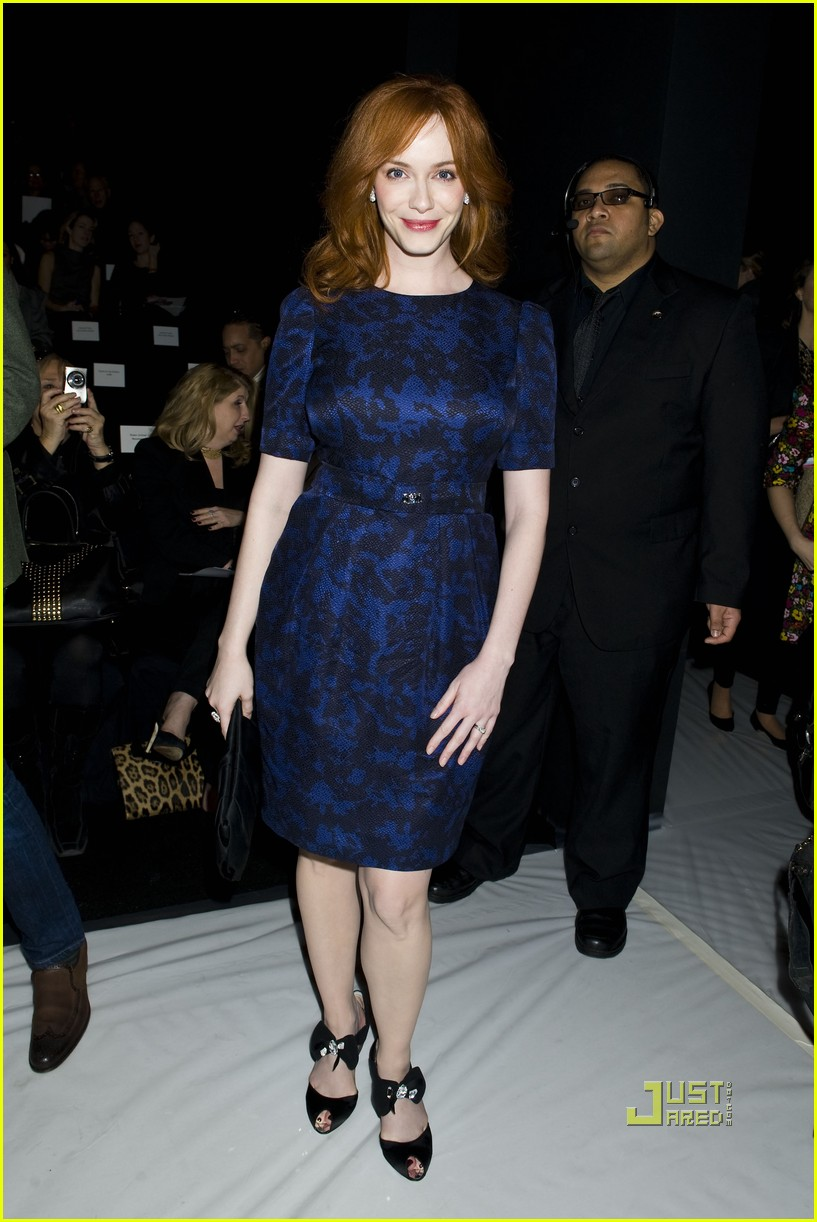 christina hendricks carolina herrera nyfw 01