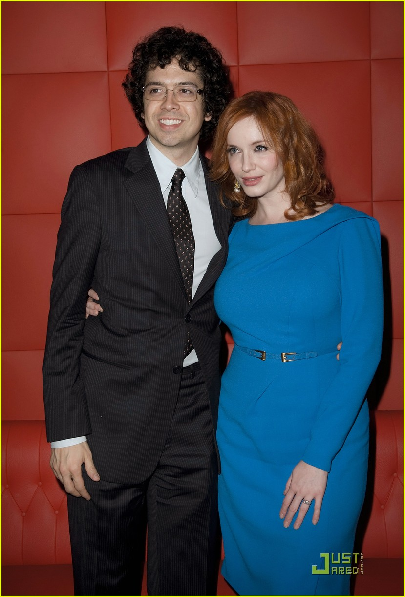 christina hendricks looks perfect in paris 02