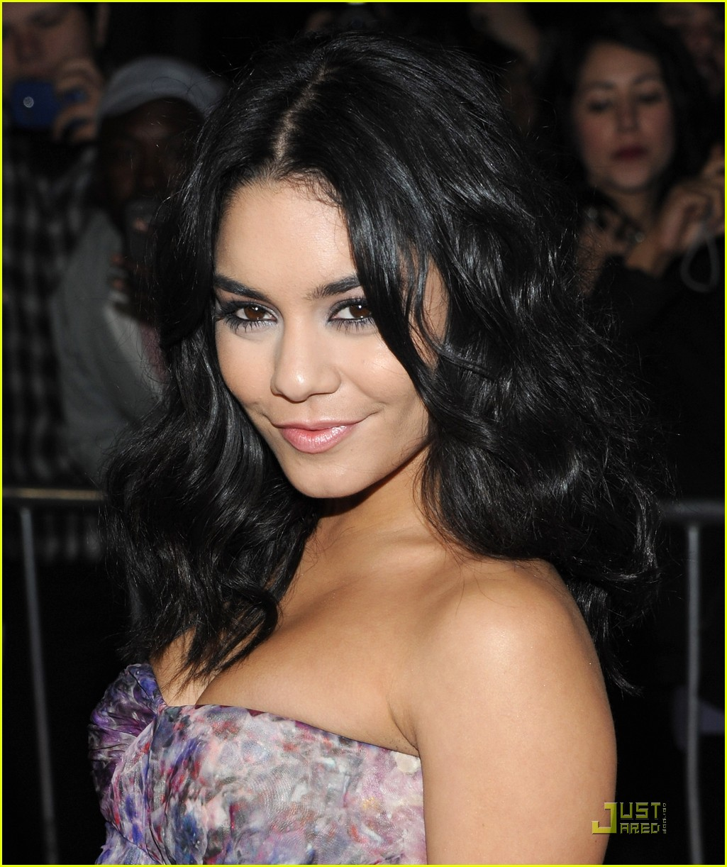 vanessa hudgens beastly premiere 09