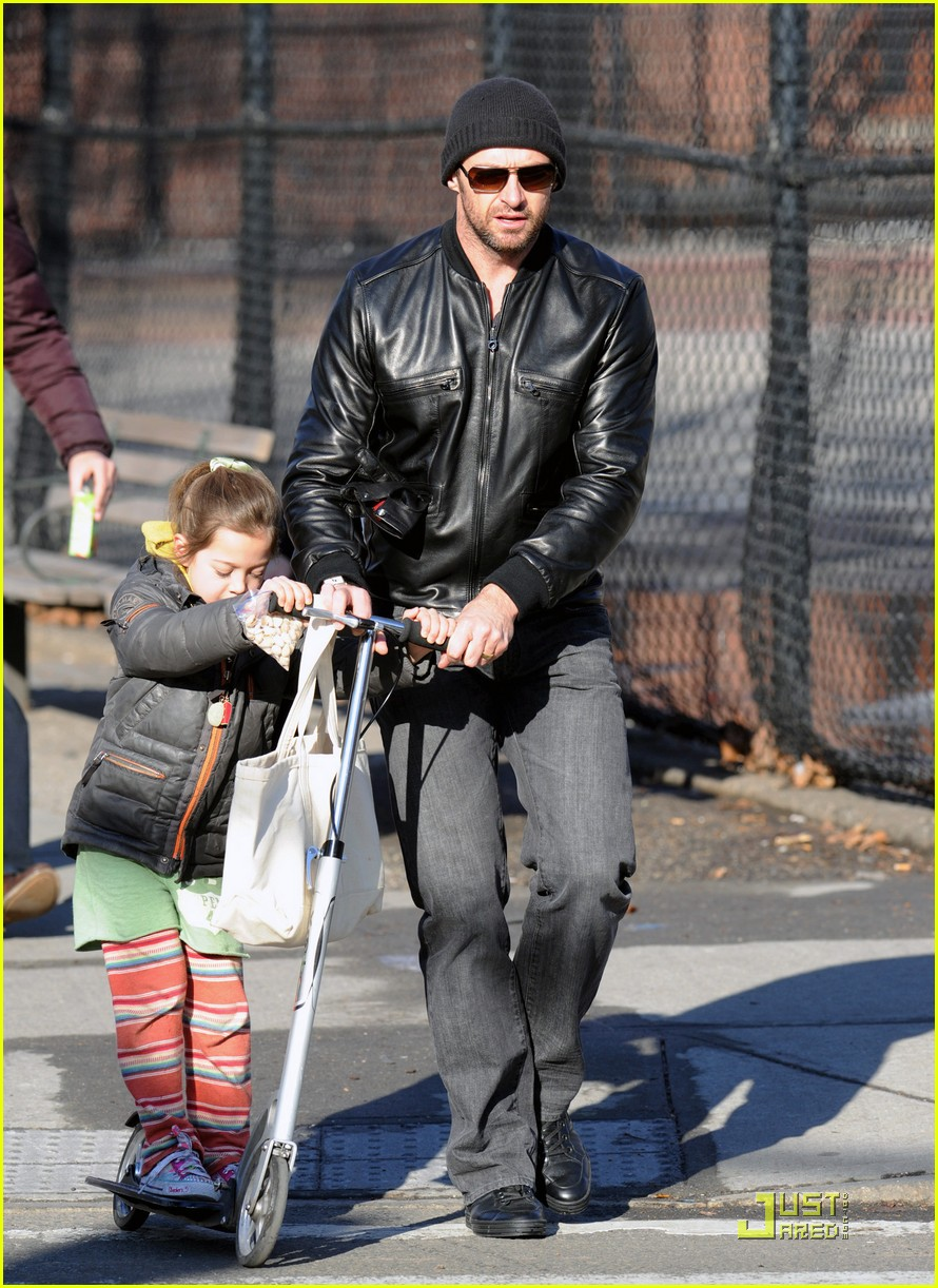 hugh jackman valentines day with ava 07