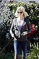 january jones walking dog 10