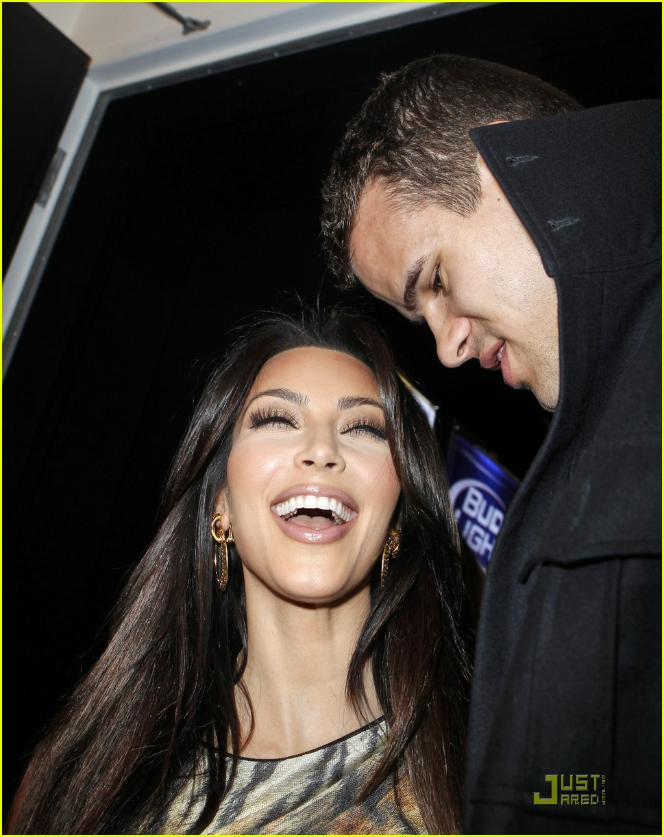 kim kardashian kris humphries all star party 04