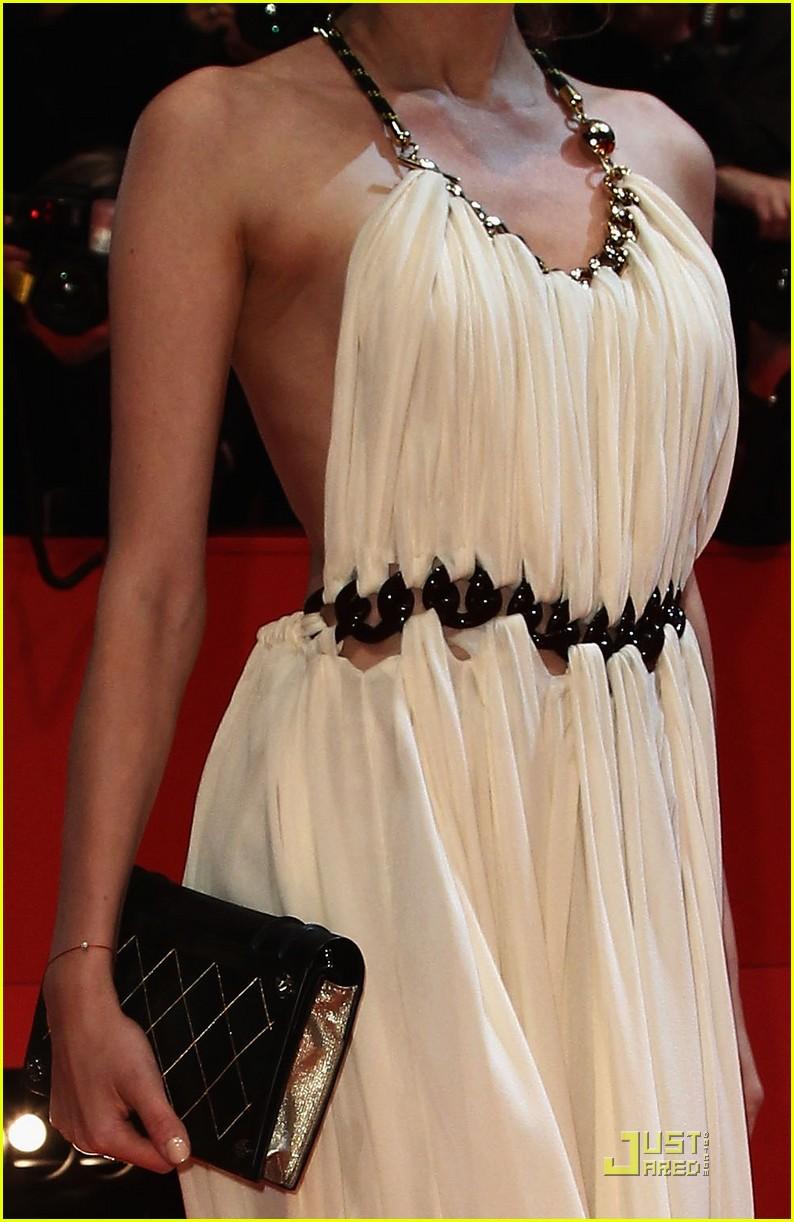 diane kruger berlin international film award ceremony 042521254