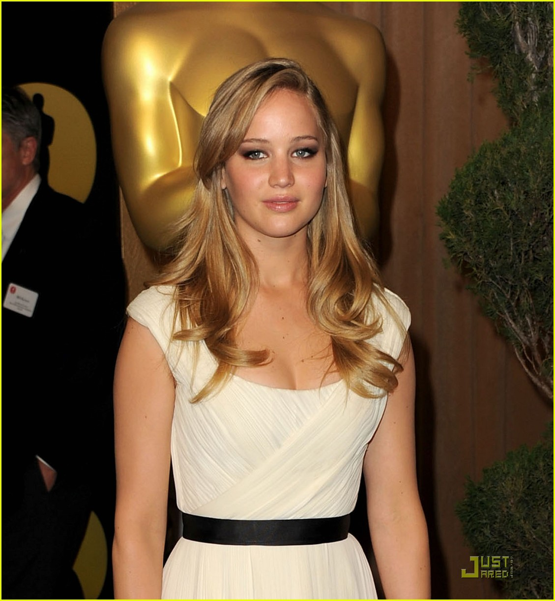 jennifer lawrence oscar luncheon 052517614
