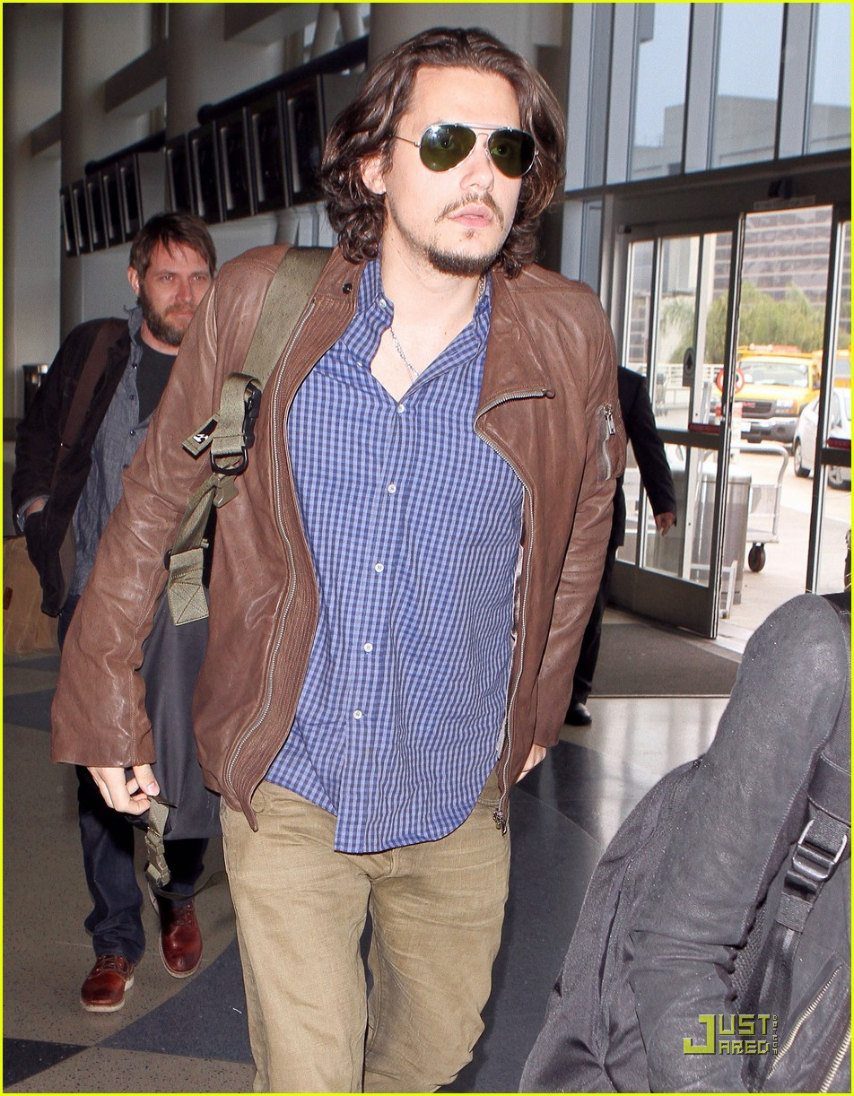 john mayer leaves los angeles 042520251
