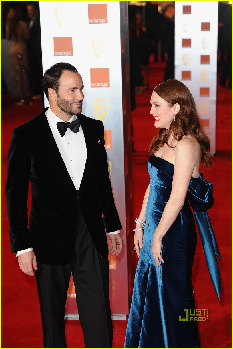 julianne moore annette bening baftas red carpet 052519079