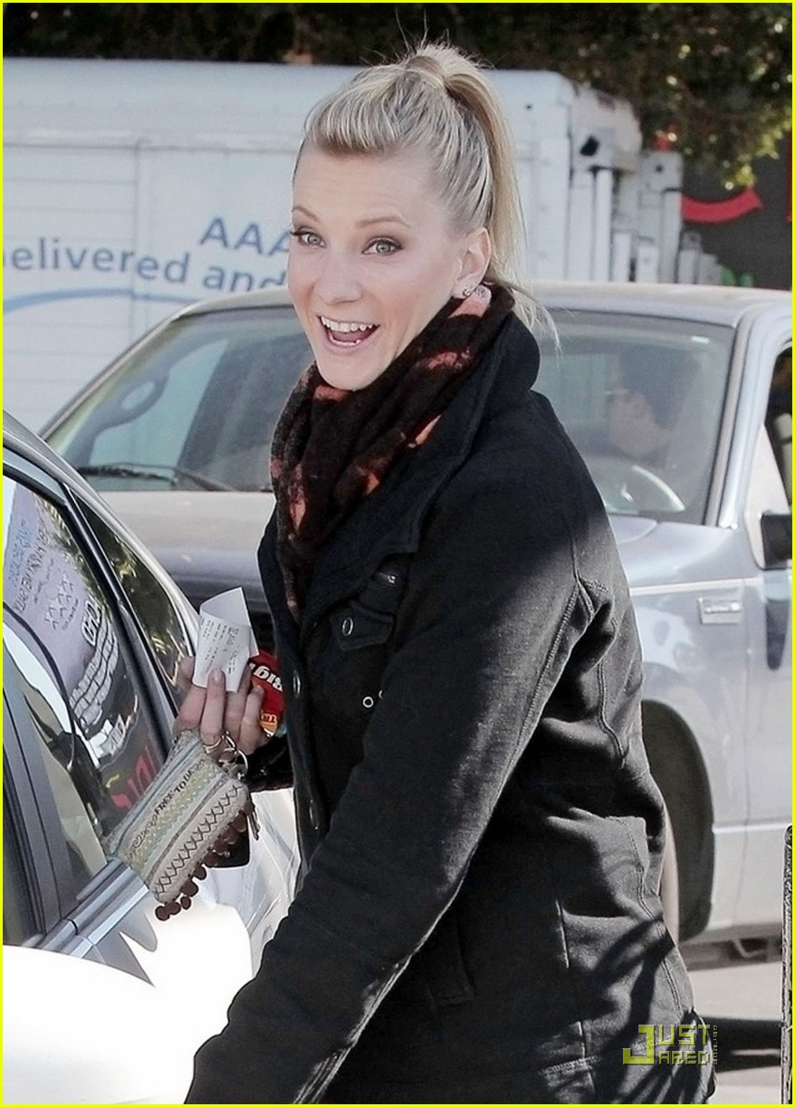 heather morris gas station 032516899