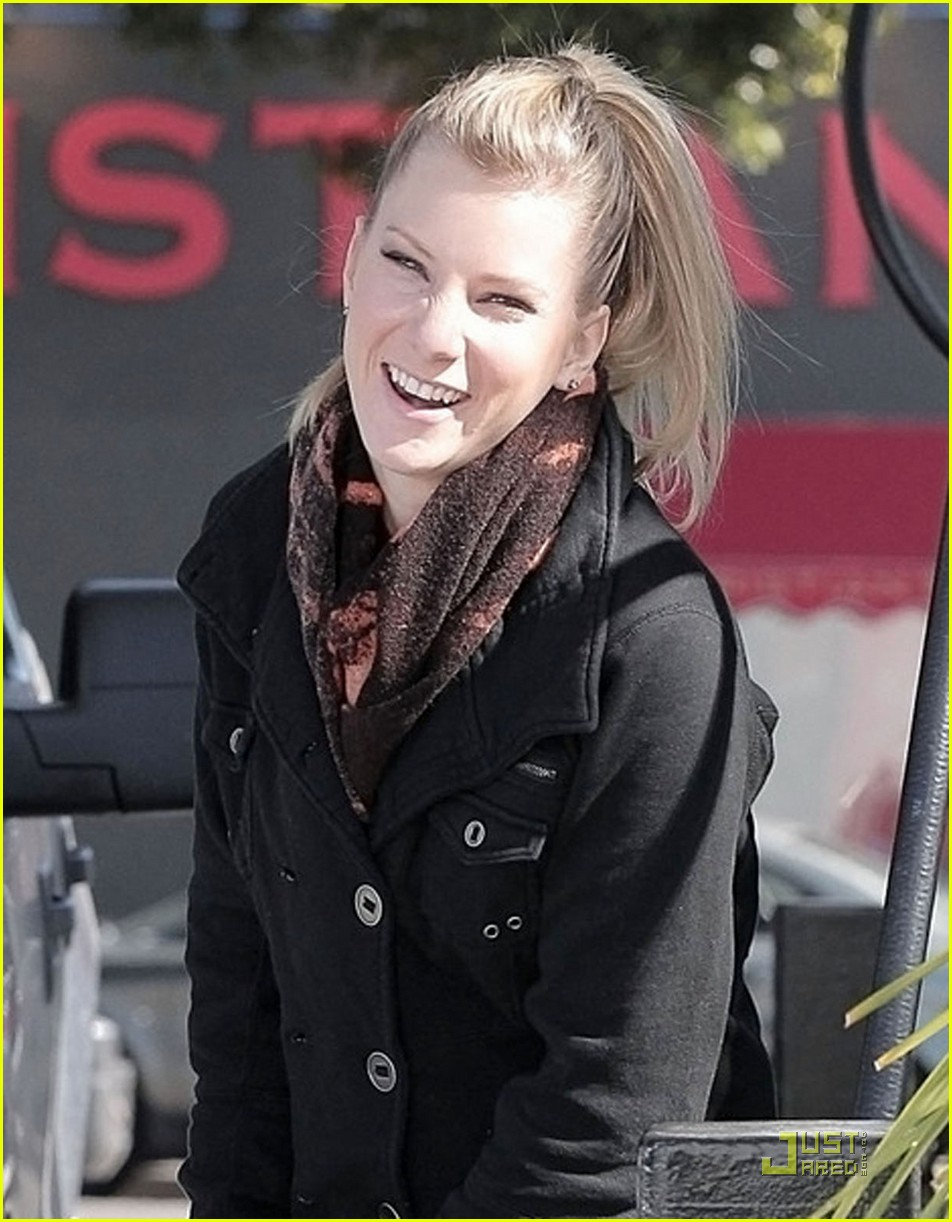 heather morris gas station 092516905