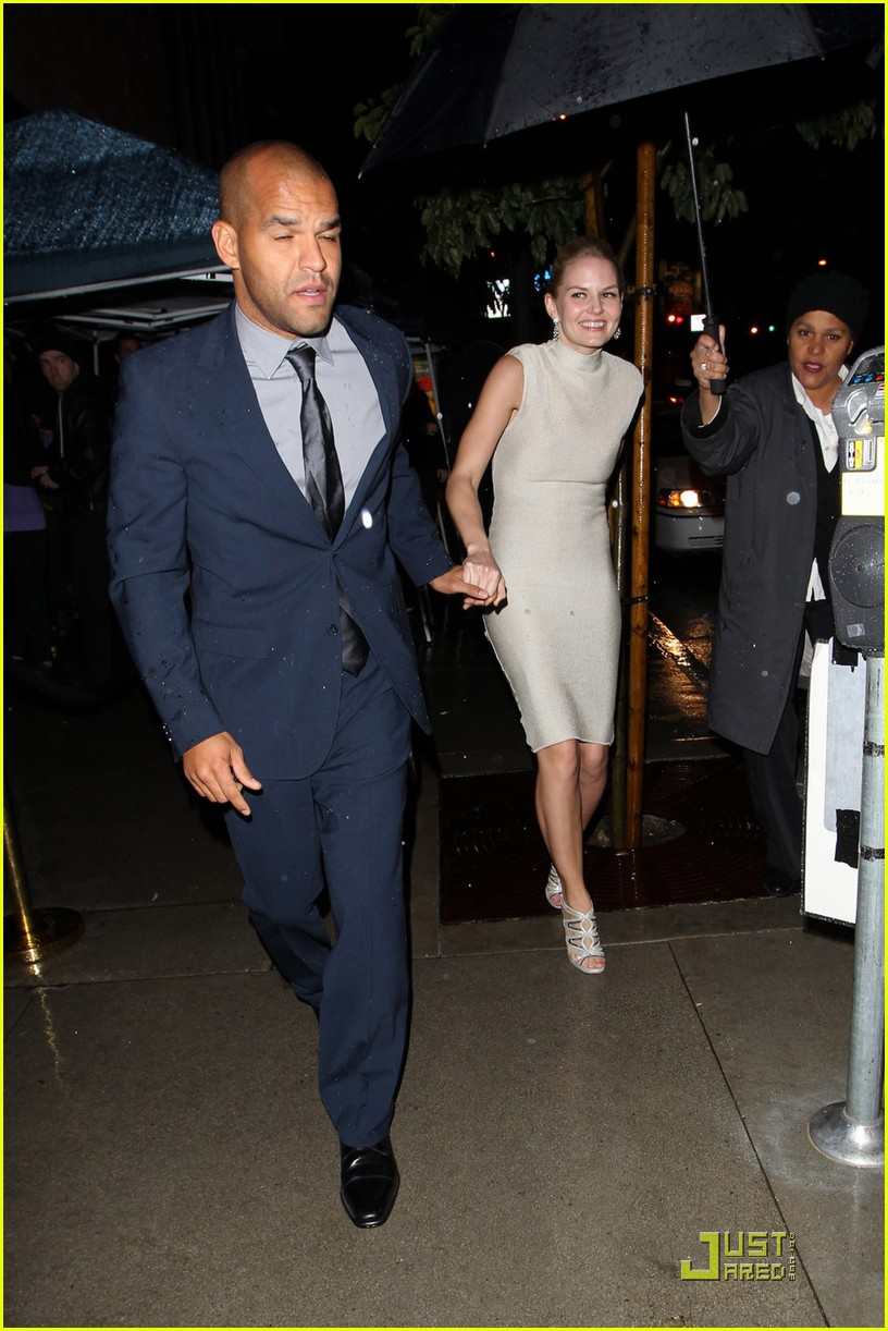 jennifer morrison amaury nolasco vanity fair dj night 012523286