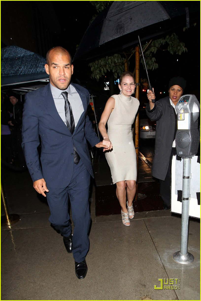 jennifer morrison amaury nolasco vanity fair dj night 062523291