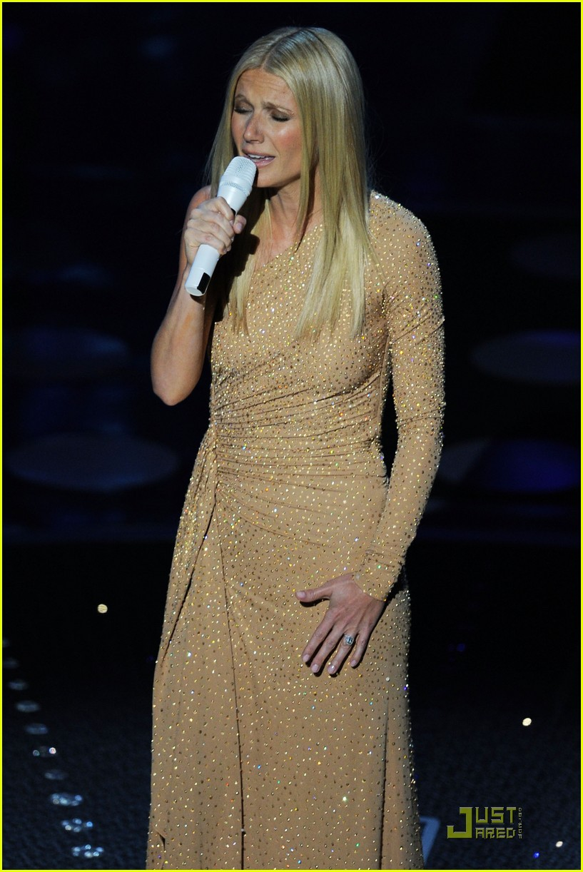 gwyneth paltrow oscars performance 05