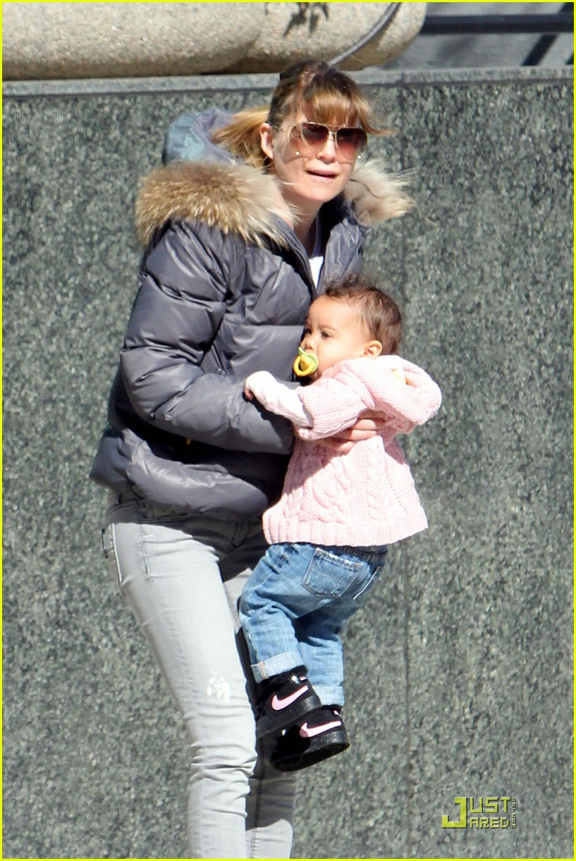 ellen pompeo petting zoo with stella 09
