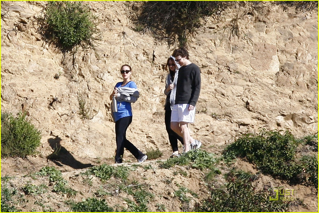 natalie portman beachwood canyon baby bump 12 Natalie Portman