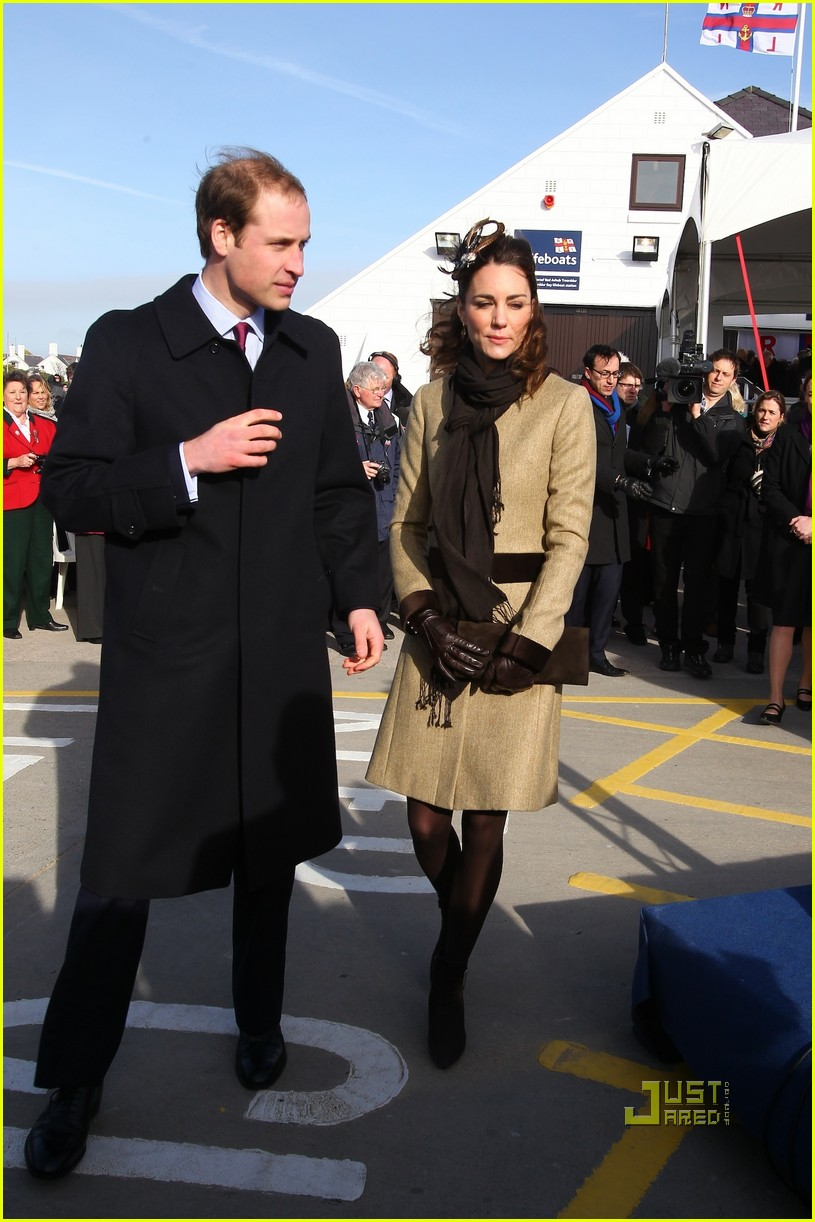 prince william kate middleton lifeboat 092522567