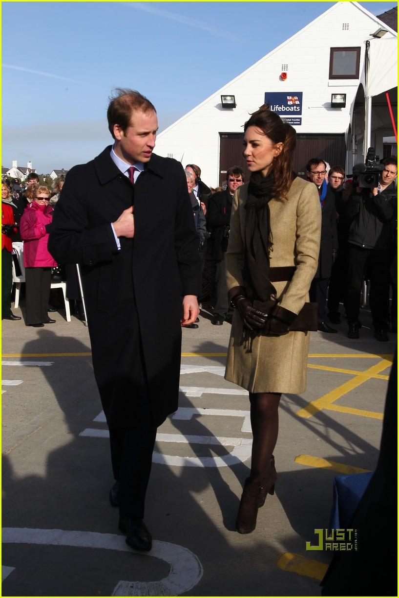 prince william kate middleton lifeboat 212522579