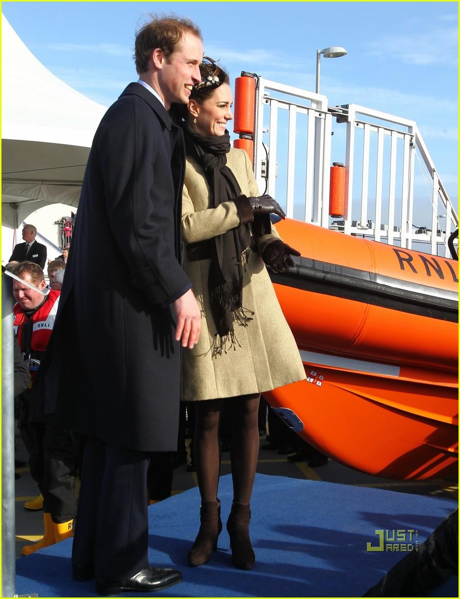 prince william kate middleton lifeboat 222522580
