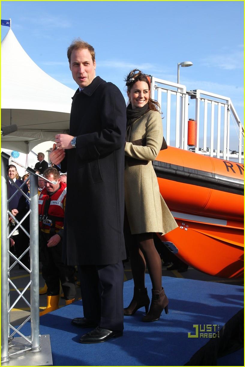 prince william kate middleton lifeboat 272522585