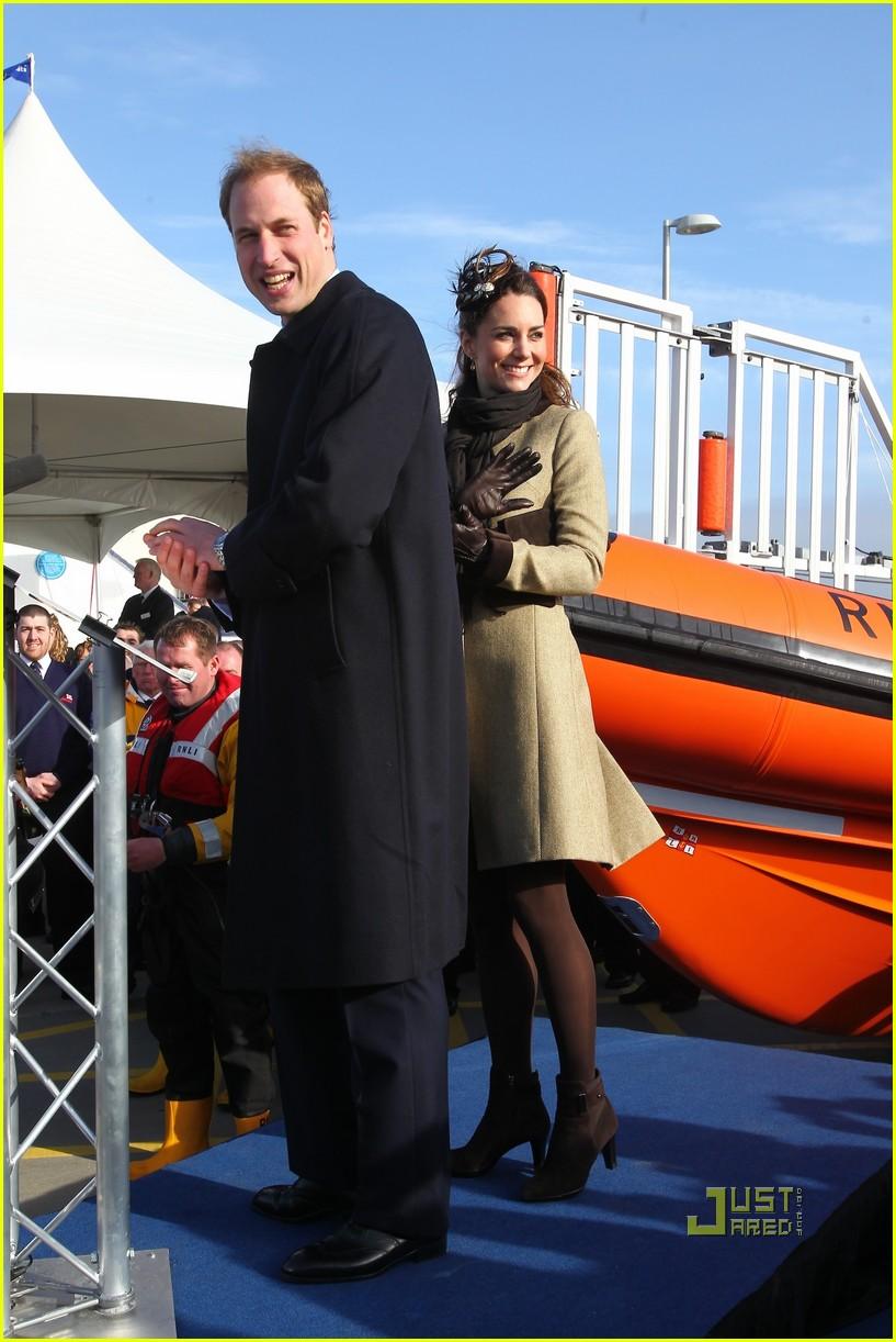 prince william kate middleton lifeboat 282522586
