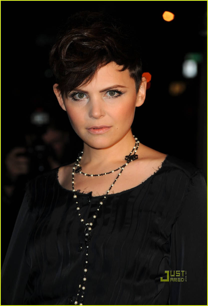 rashida jones ginnifer goodwin chanel charles finch dinner 022523492