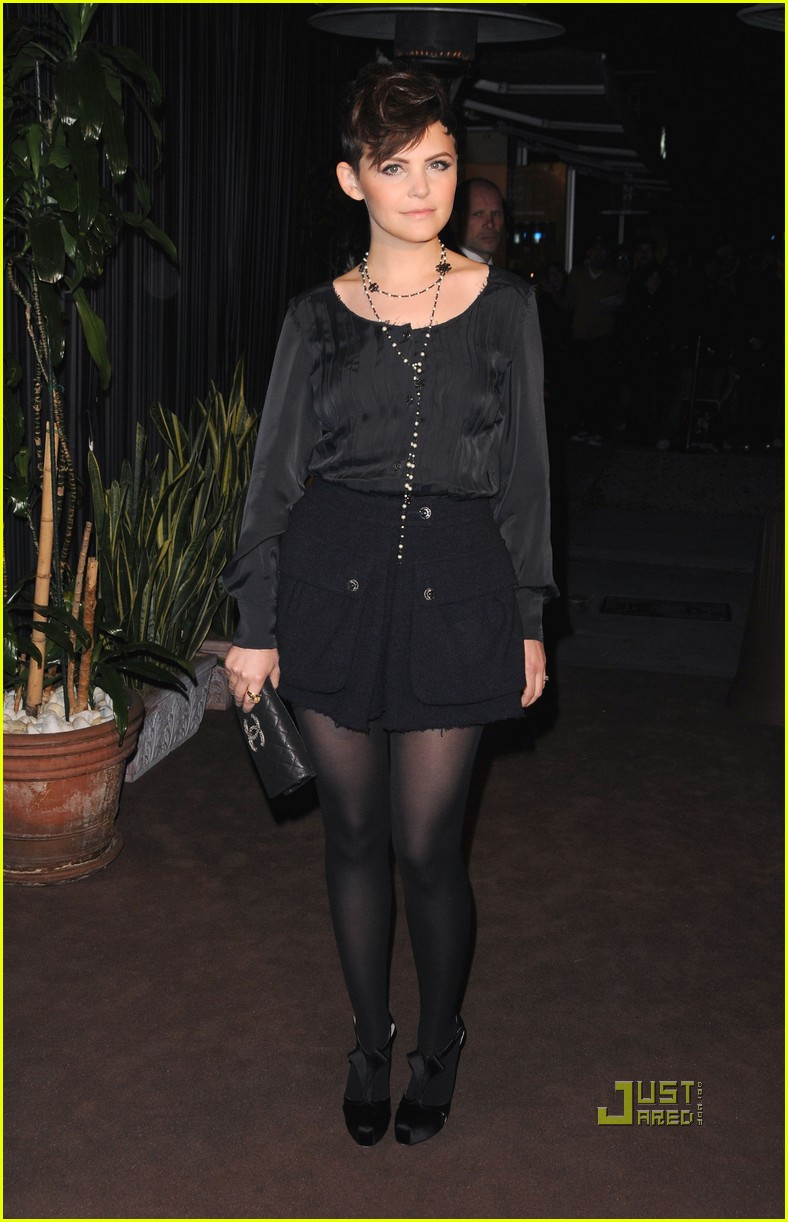 rashida jones ginnifer goodwin chanel charles finch dinner 112523501