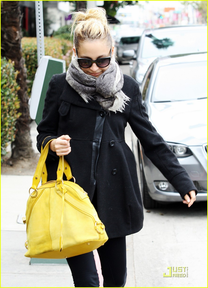 nicole richie happy workout woman 022521217