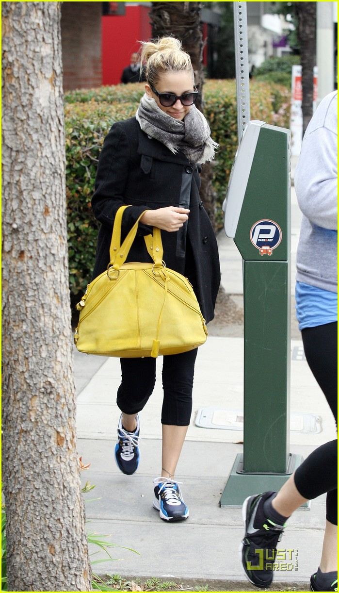 nicole richie happy workout woman 102521225