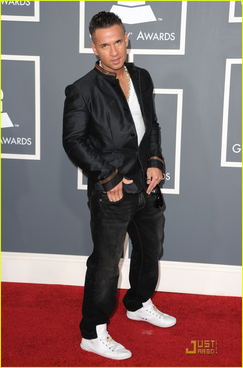 snooki situation grammys red carpet 05