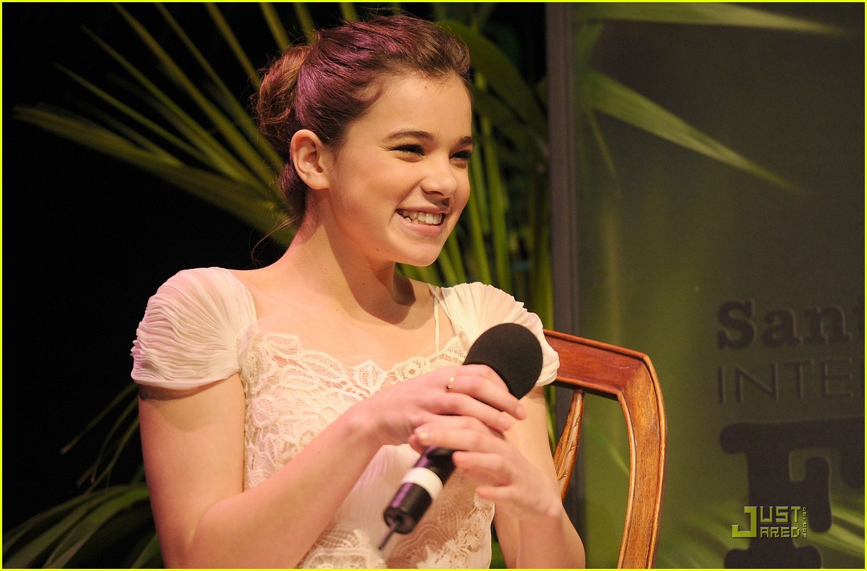 hailee steinfeld santa barbara film festival 09