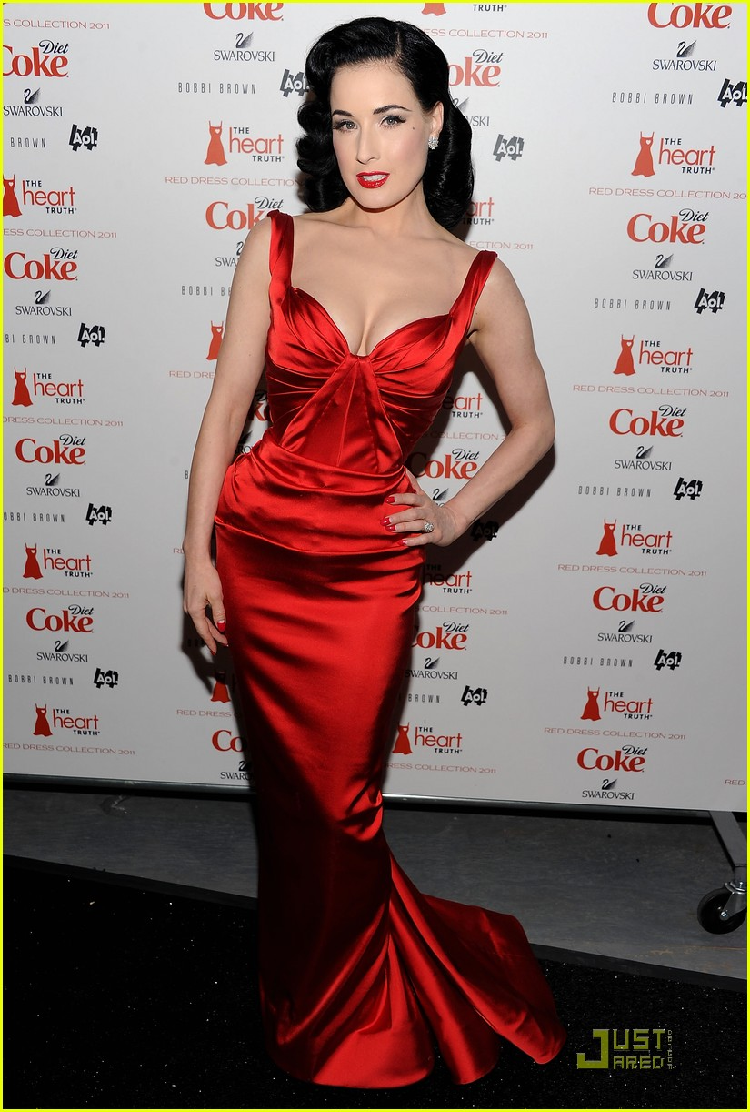 Dita Von Teese Red Dress For The Heart Truth Show Photo 2518284 Dita Von Teese Pictures Just Jared