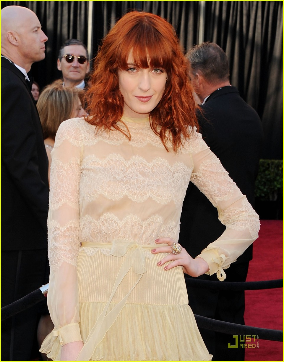 florence welch oscars 2011 032523561
