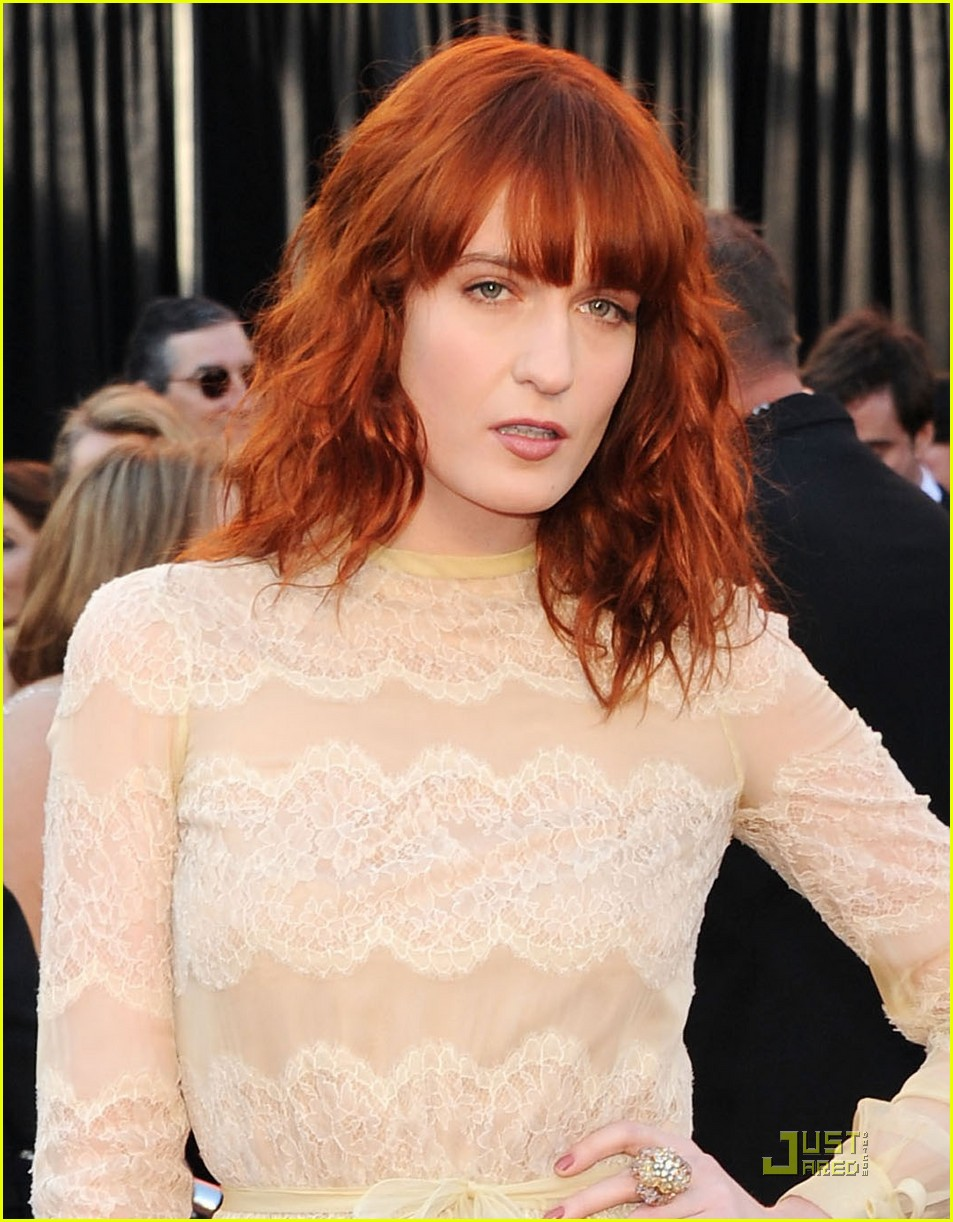 florence welch oscars 2011 042523562