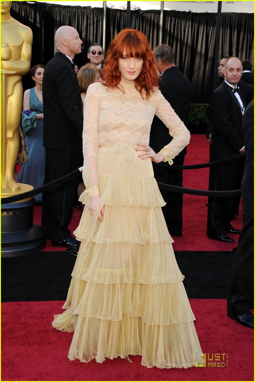 florence welch oscars 2011 072523565