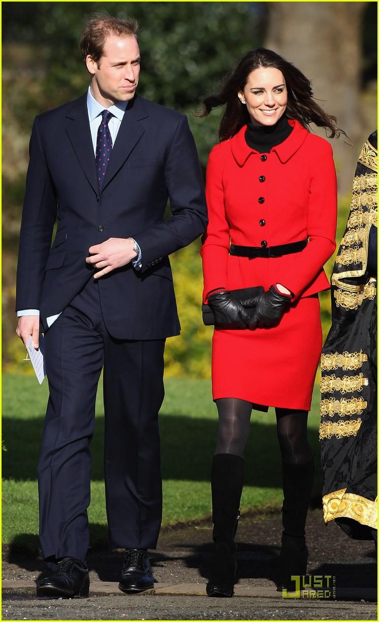 prince william kate middleton return to st andrews 032522836