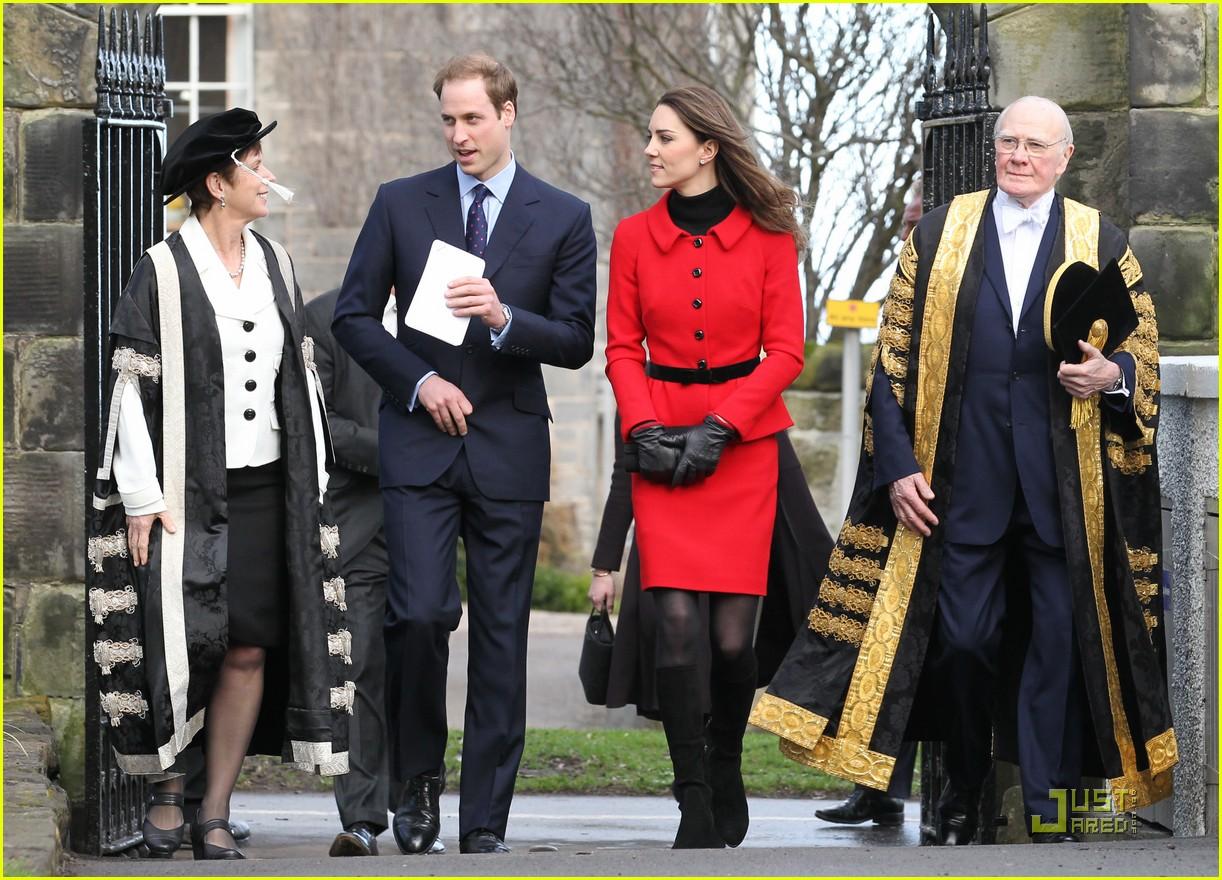 prince william kate middleton return to st andrews 092522842