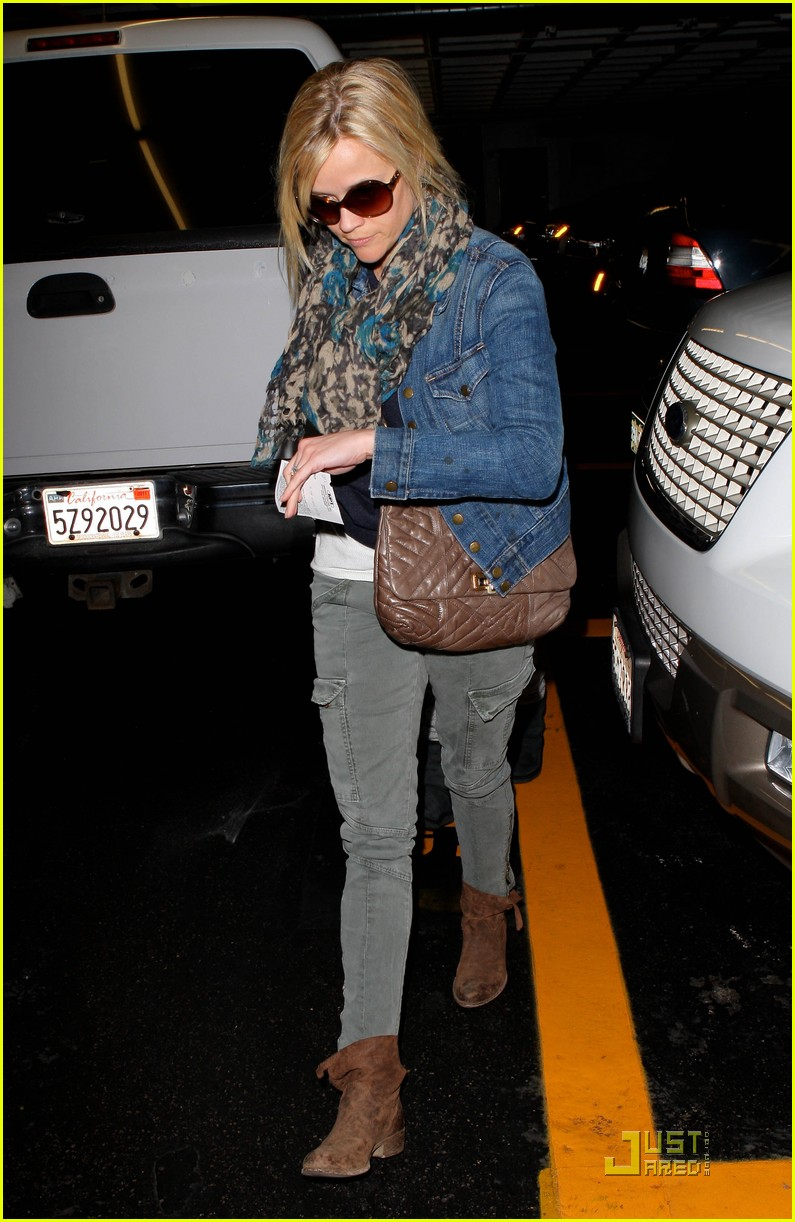 reese witherspoon deacon garage 102522130