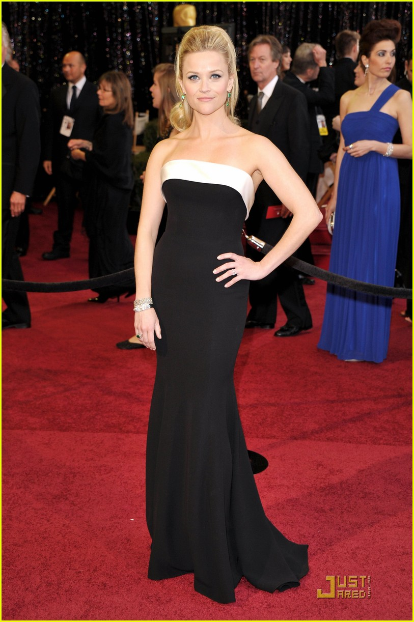 reese witherspoon oscars 2011 012523661