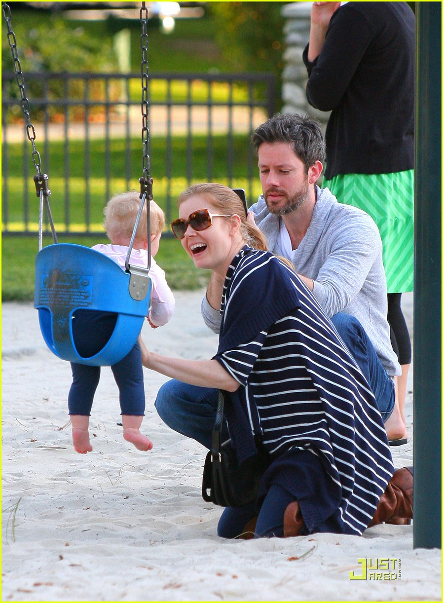 amy adams plays in the park with aviana 022526636