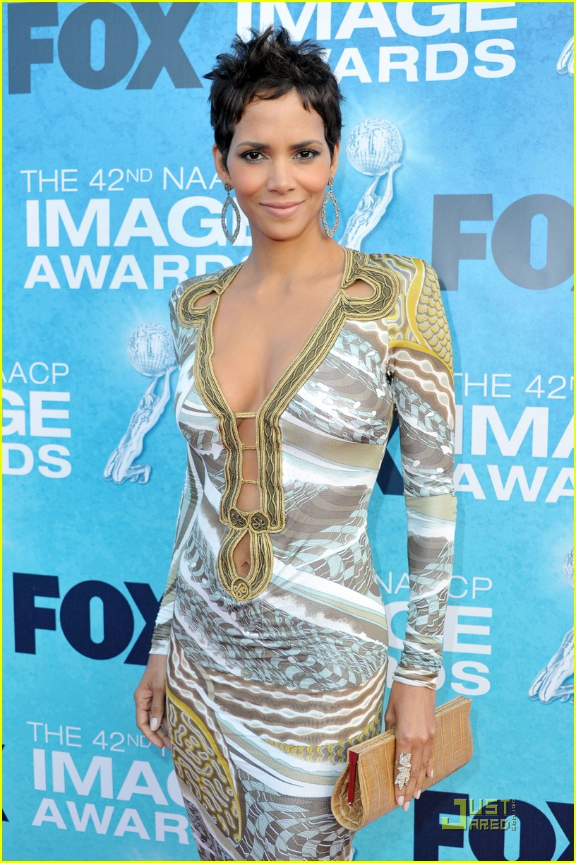 halle berry naacp image awards 132525130
